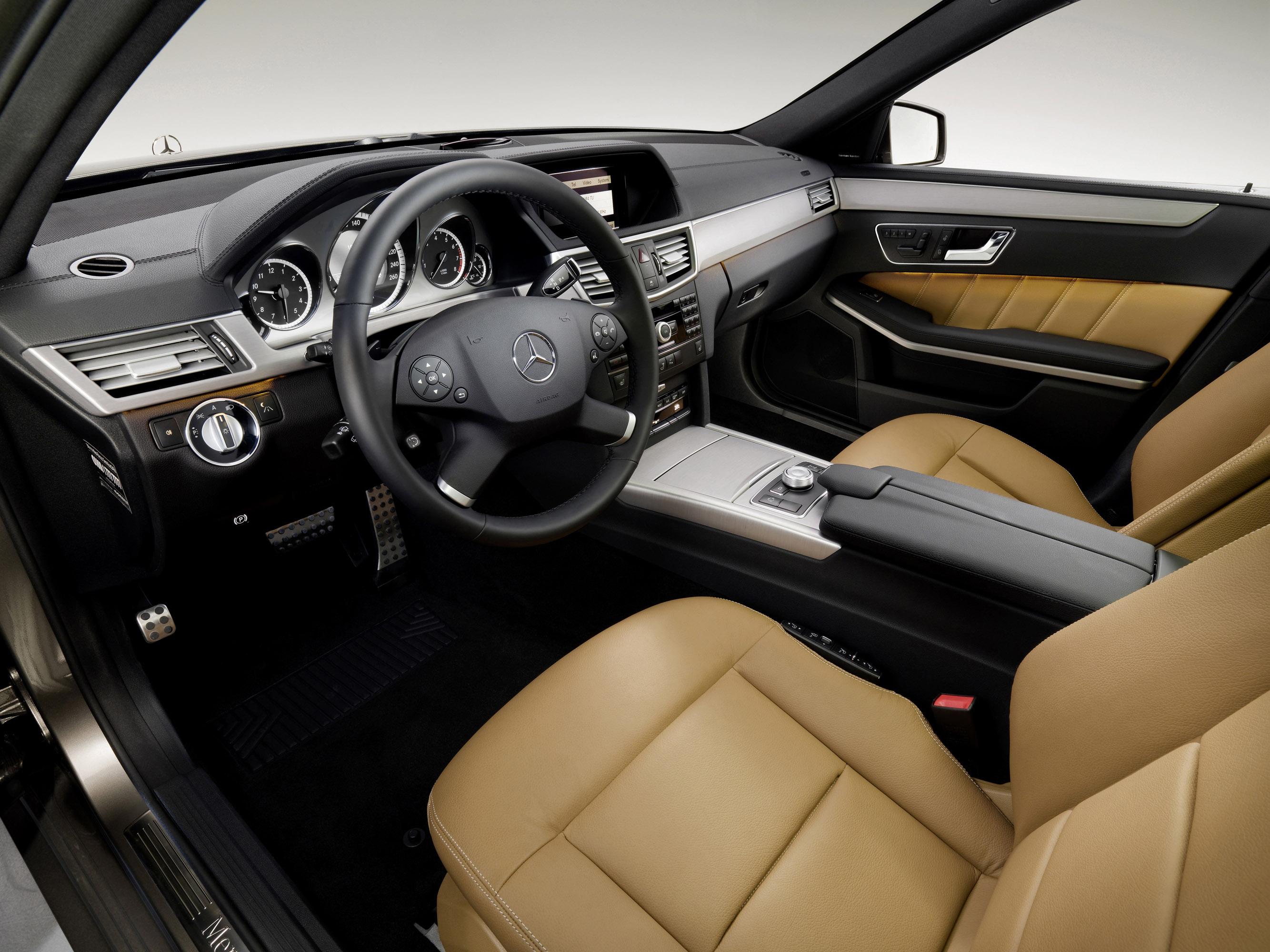 Mercedes-Benz E-Class Универсал - фотография №3
