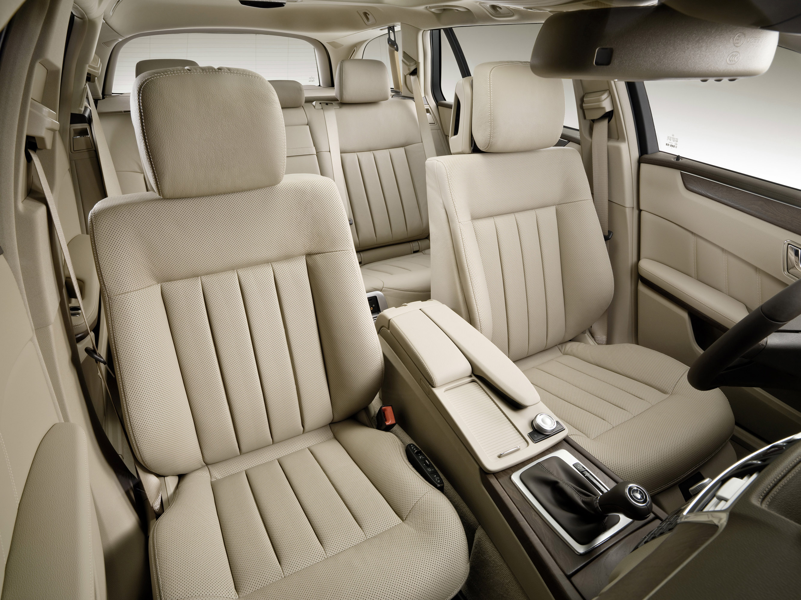 Mercedes-Benz E-Class Универсал - фотография №5
