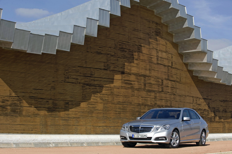 Новый Mercedes-Benz E-Class - фотография №1