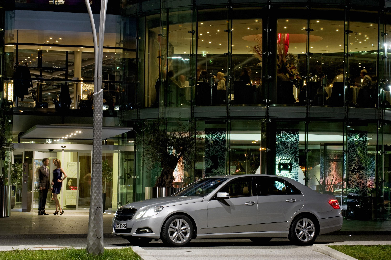 Новый Mercedes-Benz E-Class - фотография №25