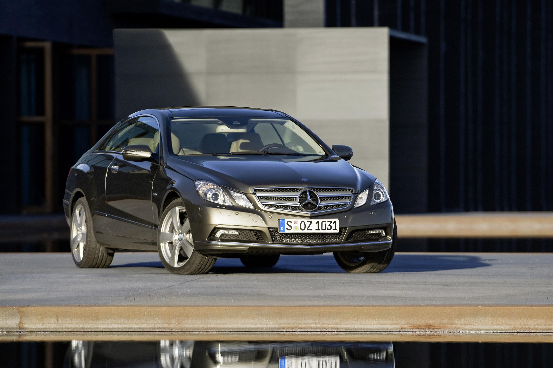 Mercedes-Benz E-350 CDI Coupe [фотографии автомобиля] - фотография №1