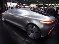 Mercedes-Benz F 015 Luxury in Motion Detroit 2015