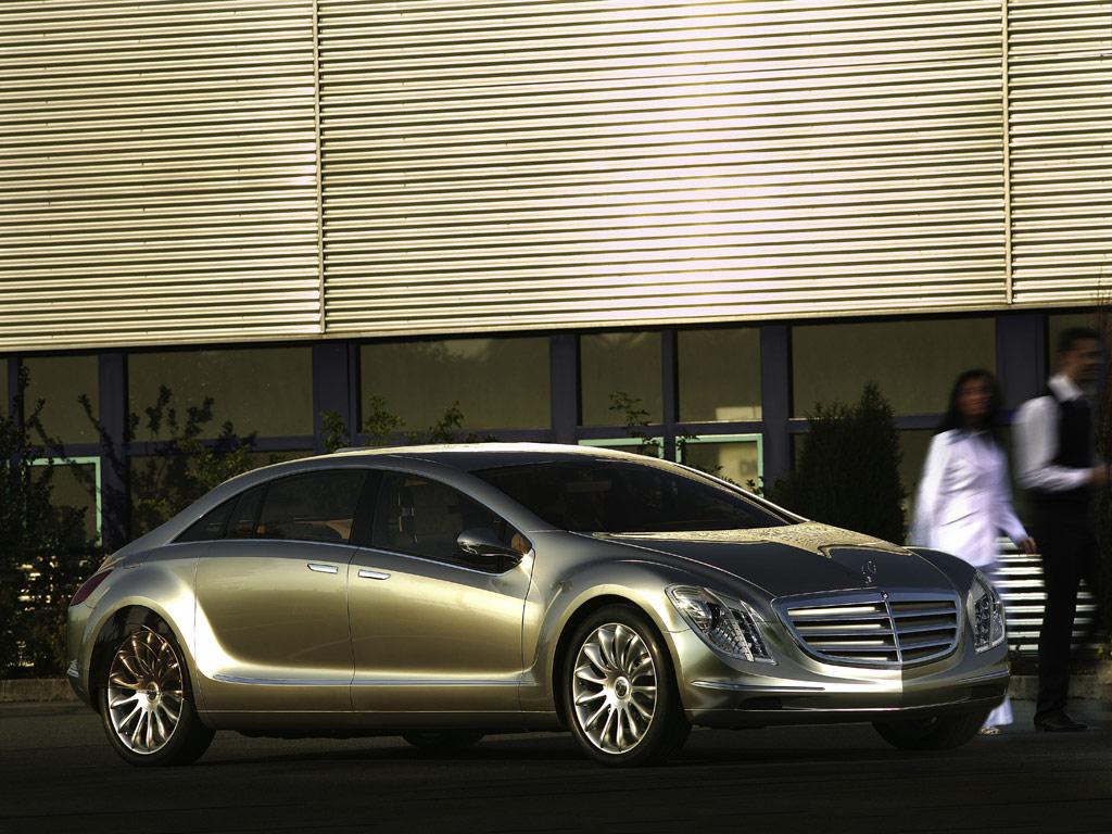 Mercedes-Benz F700 - фотография №2