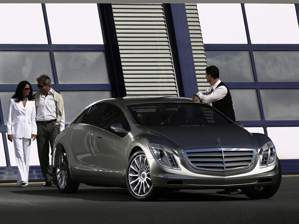 Mercedes-Benz F700 - фотография №3