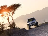 Mercedes-Benz G 63 AMG 6x6 Near-Series Show Vehicle