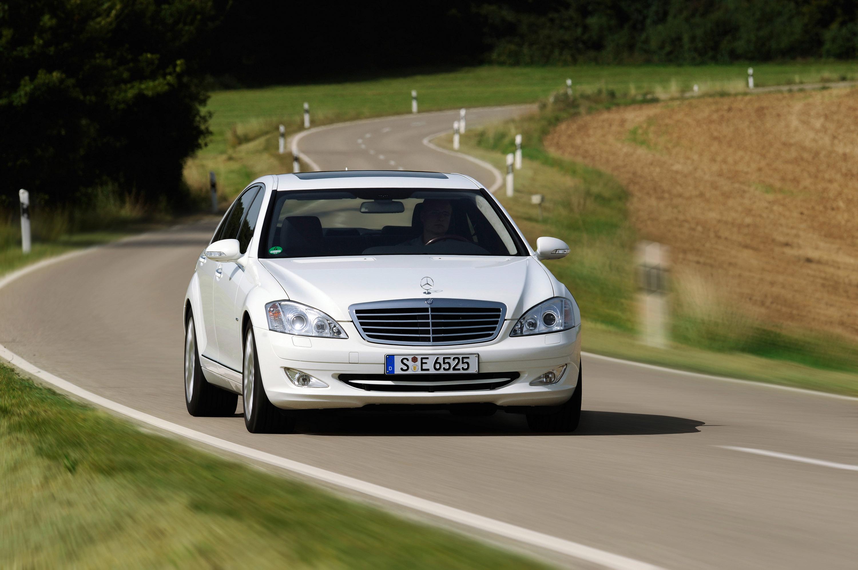 Mercedes-Benz S 320 CDI BlueEFFICIENCY: самые экономные S-класса, когда-либо - фотография №9