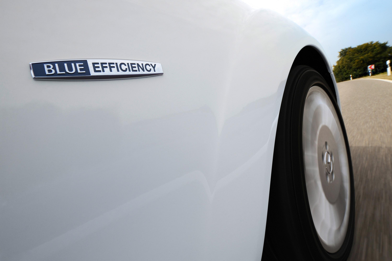 Mercedes-Benz S 320 CDI BlueEFFICIENCY: самые экономные S-класса, когда-либо - фотография №10