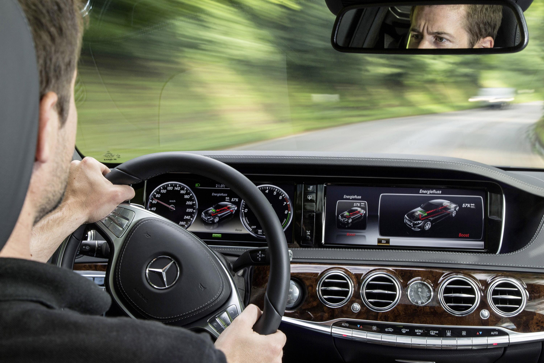 Mercedes-Benz S 500 Plug-In Hybrid-это длинная Колесная база только в Великобритании - фотография №4