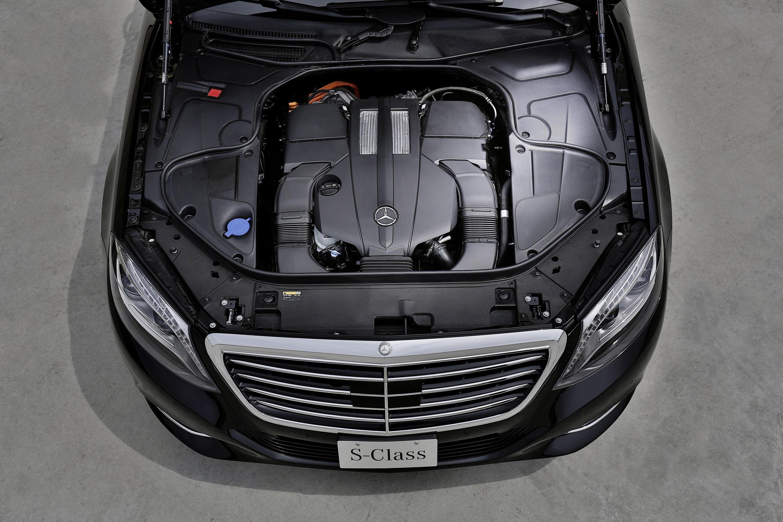 Mercedes-Benz S 500 Plug-In Hybrid-это длинная Колесная база только в Великобритании - фотография №5