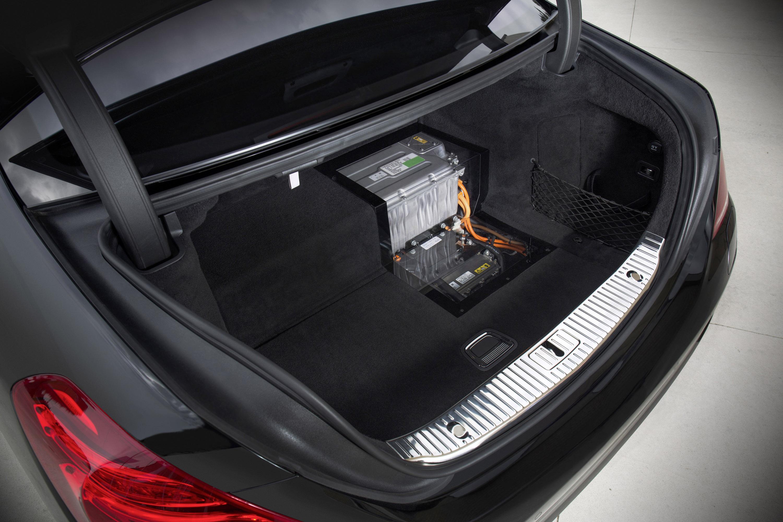 Mercedes-Benz S 500 Plug-In Hybrid-это длинная Колесная база только в Великобритании - фотография №6