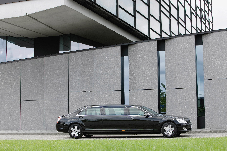 Новый Mercedes-Benz S 600 Pullman Guard - фотография №5