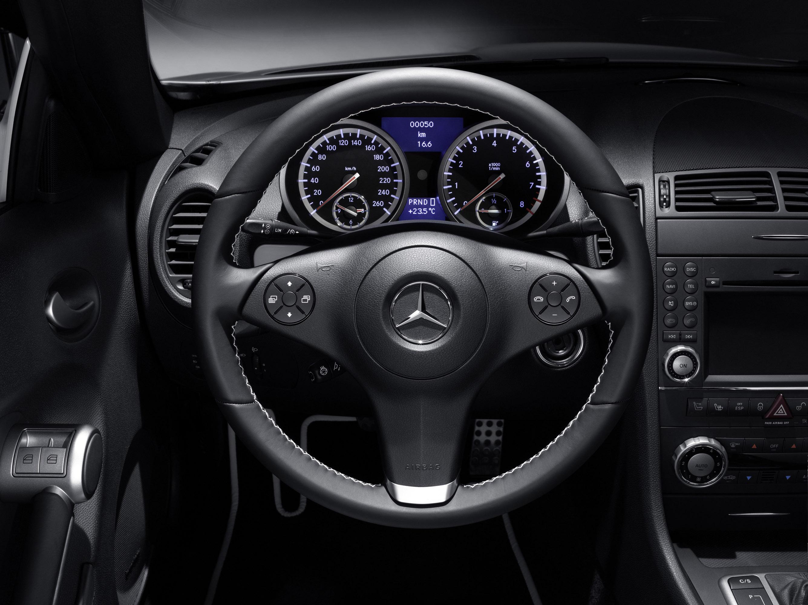 Mercedes-Benz SLK 2LOOK Edition - фотография №8