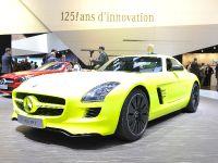 Mercedes-Benz SLS AMG E-CELL Geneva 2011