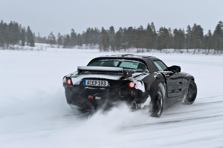 Mercedes-Benz SLS AMG: high-tech и увлечение - фотография №12