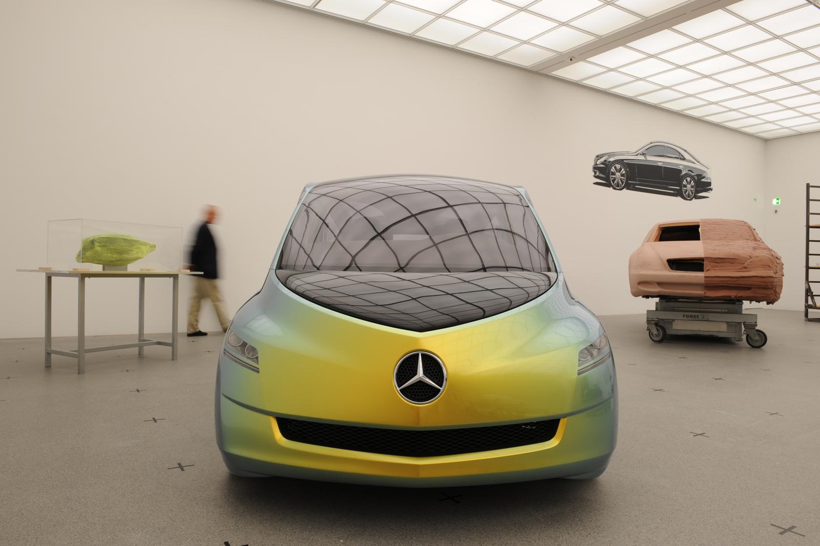 """Выставка """"вехи истории автомобильного дизайна - пример Mercedes-Benz"""" в Pinakothek der Moderne) в Мюнхене - фотография №1"""