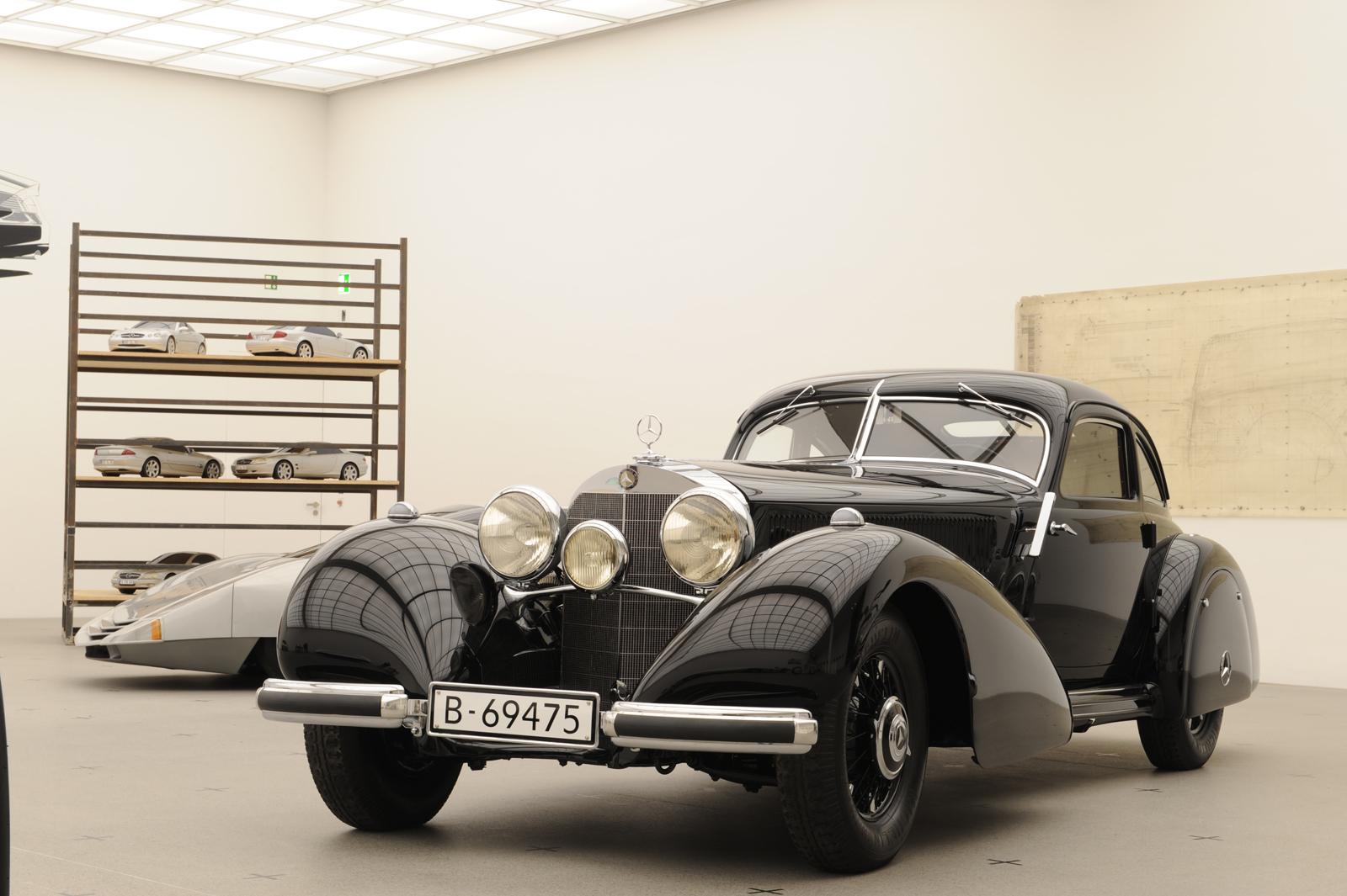 """Выставка """"вехи истории автомобильного дизайна - пример Mercedes-Benz"""" в Pinakothek der Moderne) в Мюнхене - фотография №2"""