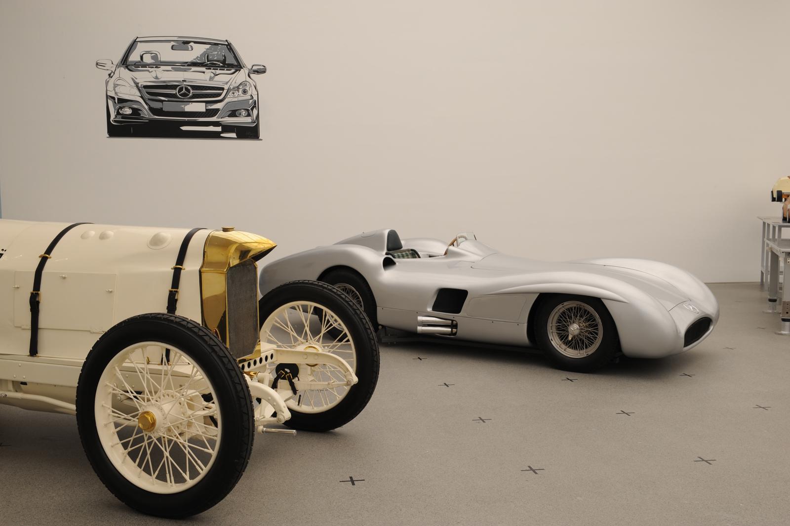"""Выставка """"вехи истории автомобильного дизайна - пример Mercedes-Benz"""" в Pinakothek der Moderne) в Мюнхене - фотография №9"""