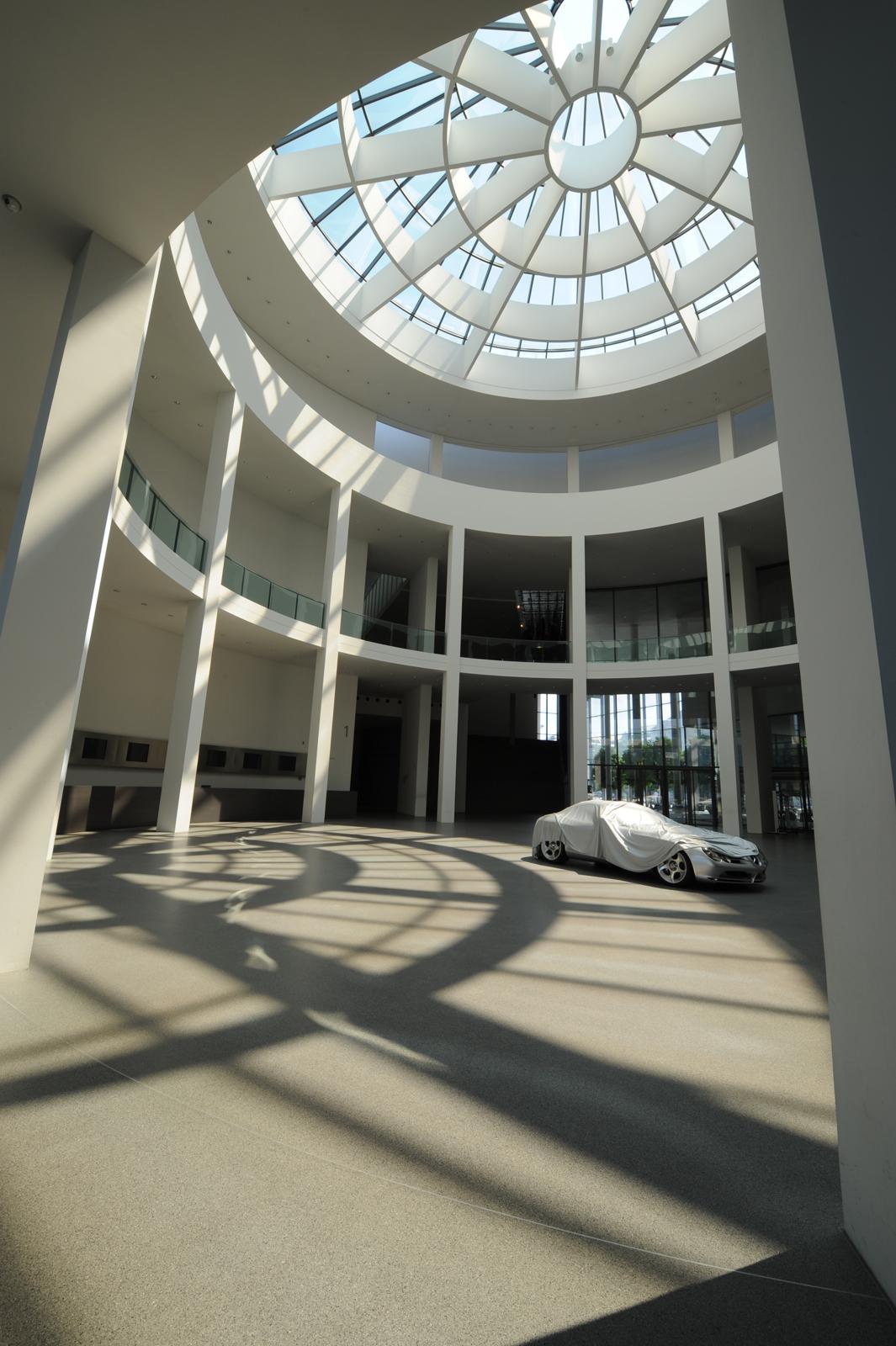 """Выставка """"вехи истории автомобильного дизайна - пример Mercedes-Benz"""" в Pinakothek der Moderne) в Мюнхене - фотография №17"""