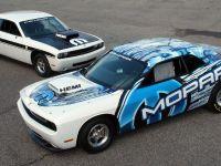 Mopar Dodge Challenger Drag Race Package