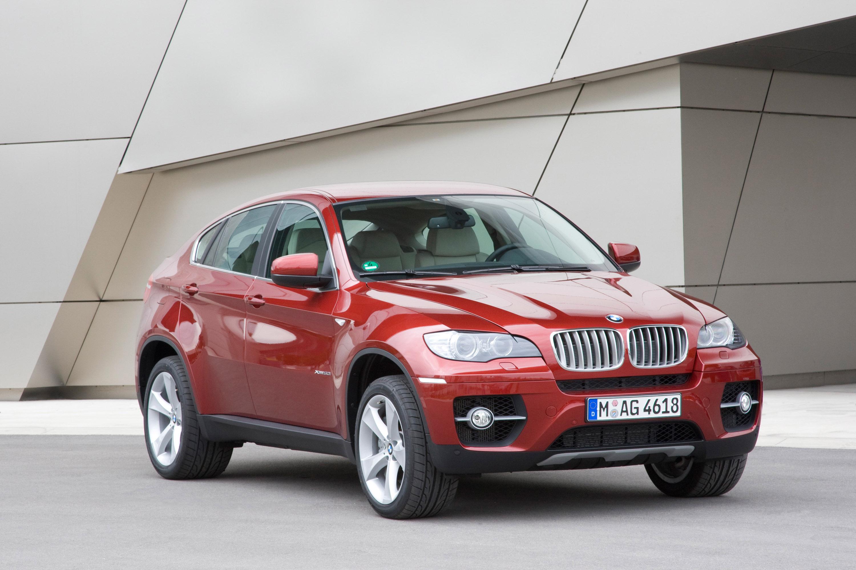 BMW объявляет цену за свой первый V8 Twin Turbo модель - фотография №1