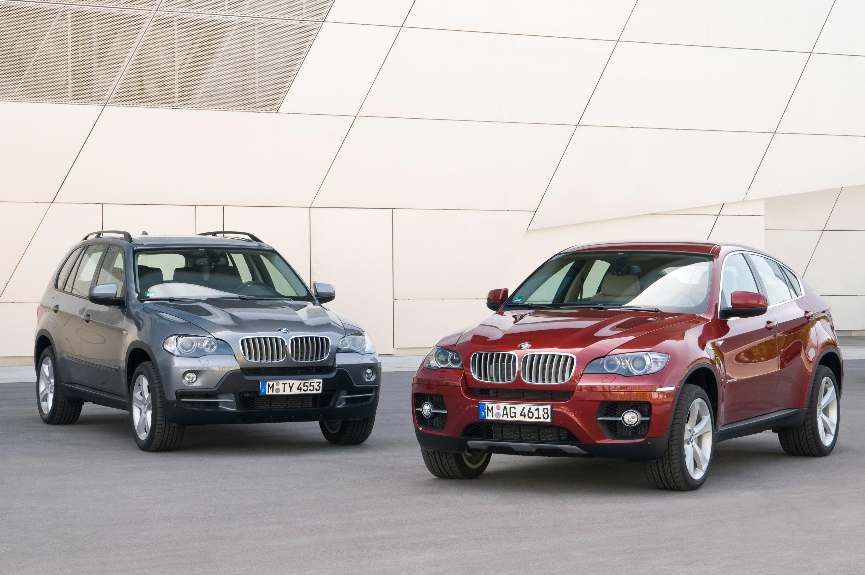 BMW объявляет цену за свой первый V8 Twin Turbo модель - фотография №8