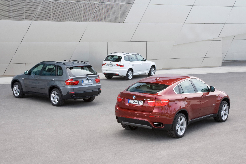 BMW объявляет цену за свой первый V8 Twin Turbo модель - фотография №11