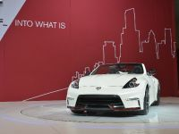 Nissan 370Z NISMO Roadster Concept Chicago 2015