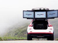 Nissan 370Z Nismo vs Wingsuit
