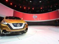 Nissan Resonance Detroit 2013