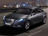 Opel Insignia four-door notchback and five-door hatchback