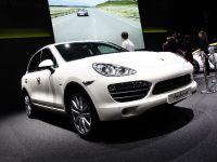 Porsche Cayenne Geneva 2010