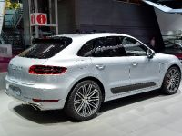 Porsche Macan Turbo Paris 2014