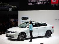 Qoros 3 Sedan Shanghai 2013