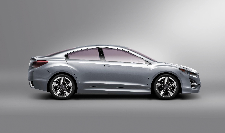 Impreza Concept - яркий дизайн-star Subaru - фотография №5