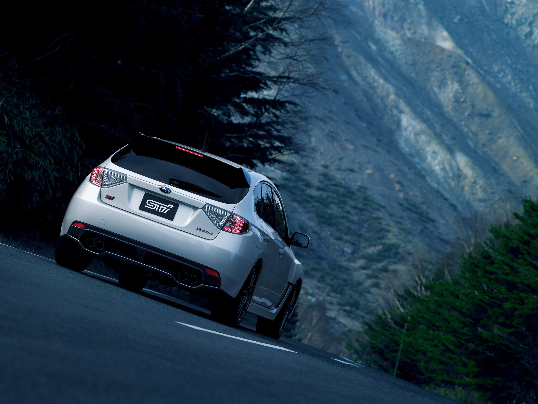 STI представлена Subaru Impreza R205 limited-edition  - фотография №4