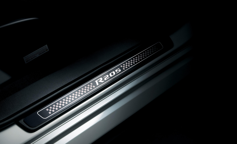 STI представлена Subaru Impreza R205 limited-edition  - фотография №16