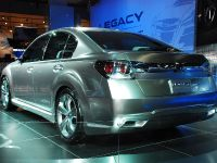Subaru Legacy Concept Detroit 2009