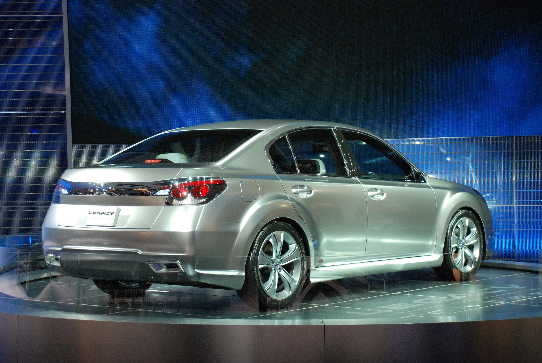Subaru Legacy Concept - фотография №2