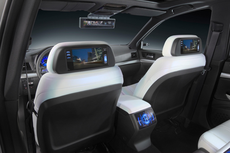 Subaru Legacy Concept - фотография №18