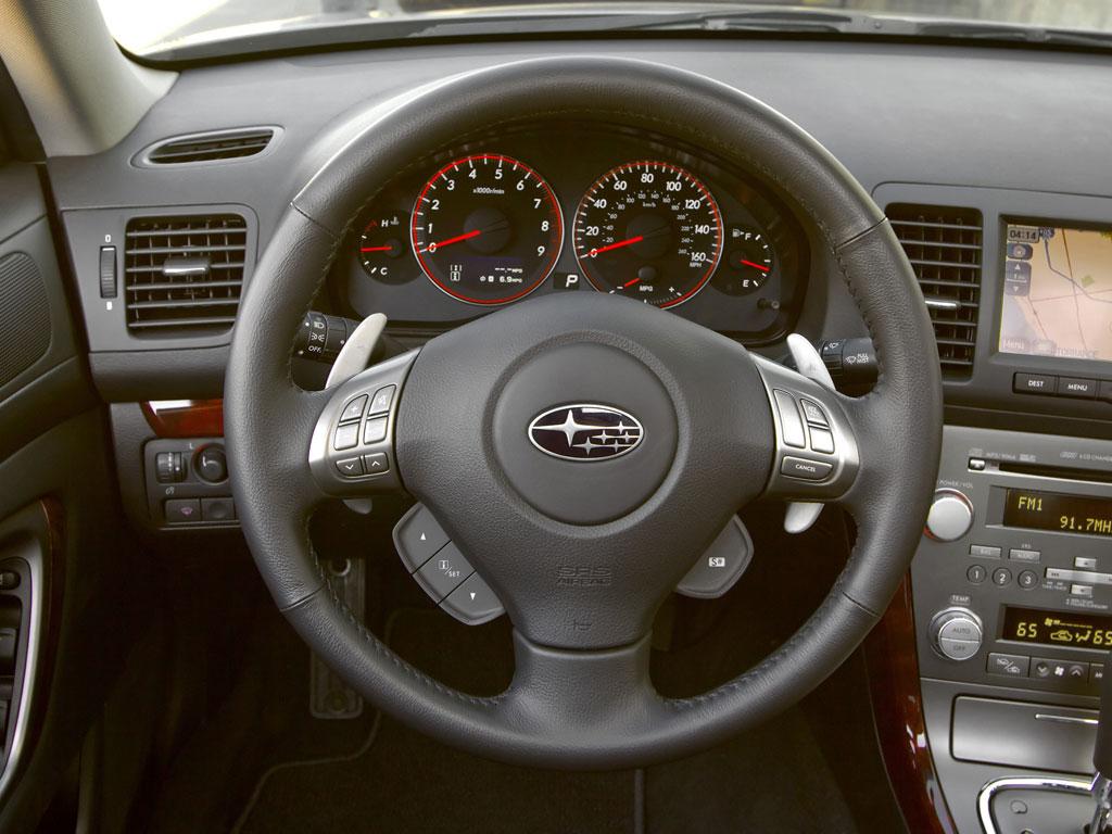Subaru Outback и Legacy - фотография №6