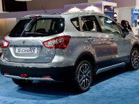 Suzuki SX4 S-Cross Paris 2014