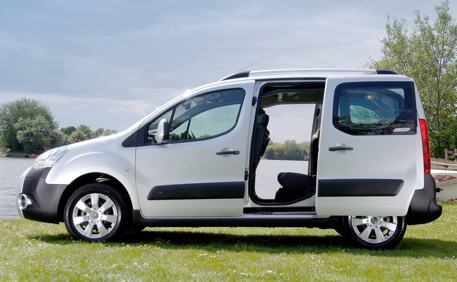 citroen berlingo multispace. Black Bedroom Furniture Sets. Home Design Ideas