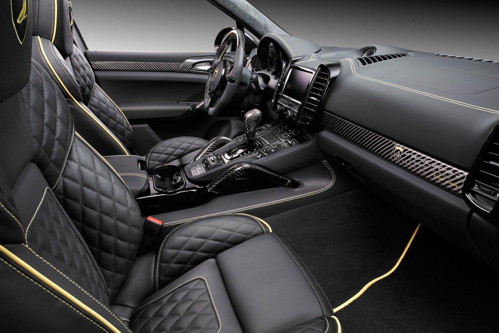фото черных салонов автомобилей цветочный
