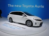 Toyota AurisHybrid Touring Sports Paris 2012