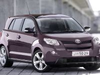 Toyota Avensis, Urban Cruiser and iQ