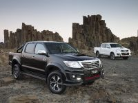 Toyota HiLux Black Edition