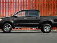 Toyota Hilux Invincible 200