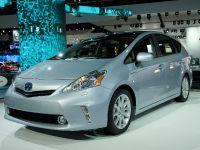 Toyota Prius v Detroit 2011
