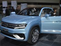 Volkswagen Cross Coupe GTE Detroit 2015