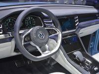Volkswagen Cross Coupe GTE Detroit 2015